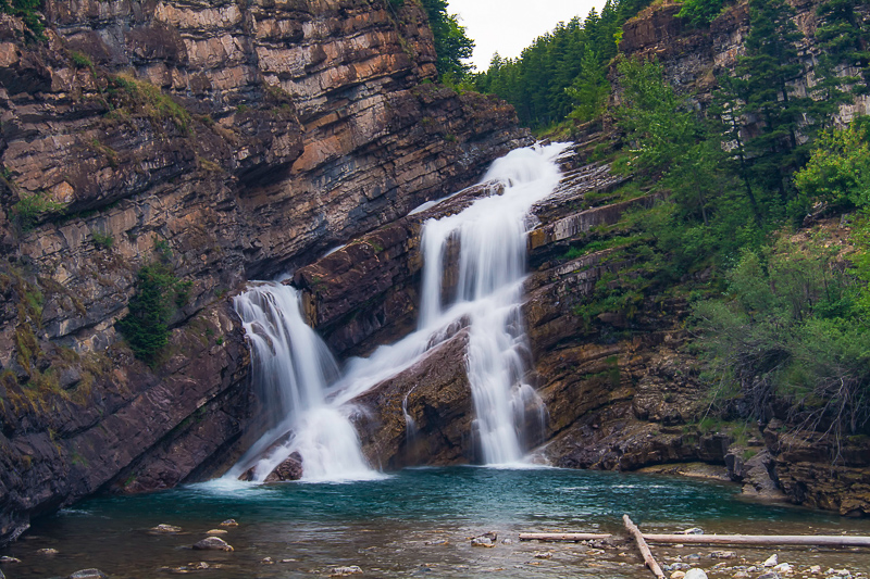 Cameron Falls! An Incredible Waterfall and Geological Marvel!